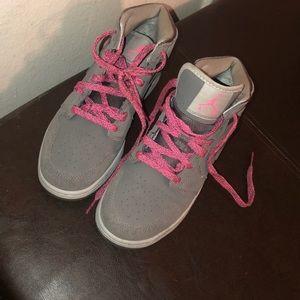 Mike Air Force sneakers!